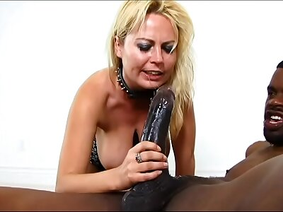 Blonde babe in arms slut get deep manifestation fucked wide of 12 inch BBC