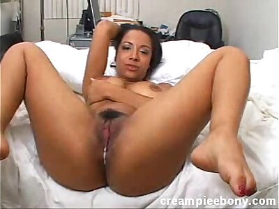 Questionable Luv Black babe in arms Fucking Sucking Creampied